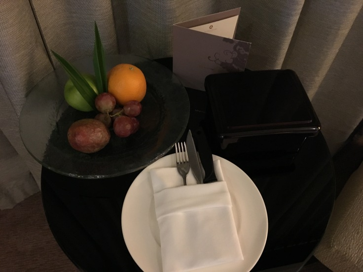 bangkok okura prestige bed fruit.jpg