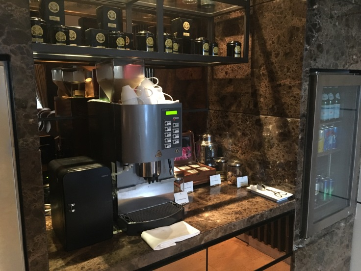 bangkok okura prestige club lounge coffee maker