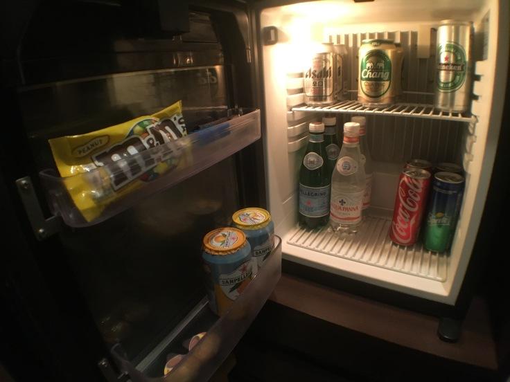bangkok okura prestige minibar fridge.JPG