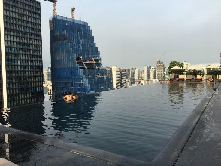 bangkok okura prestige pool area