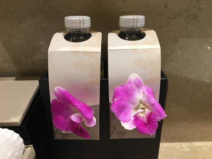 bangkok okura prestige water orchids.jpg