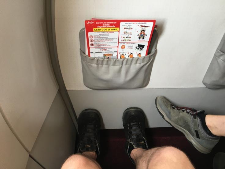 airasia seat bulkhead legroom