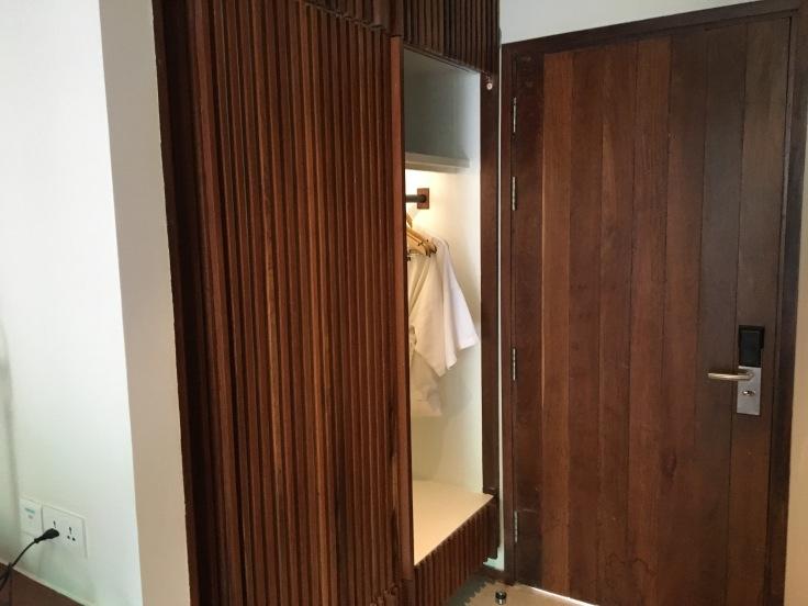 aviary hotel room closet