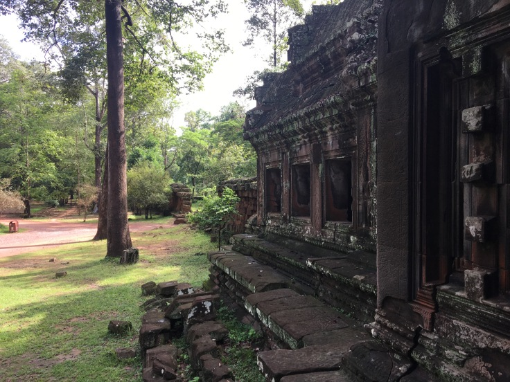 siem reap angkor wat rear temple pano
