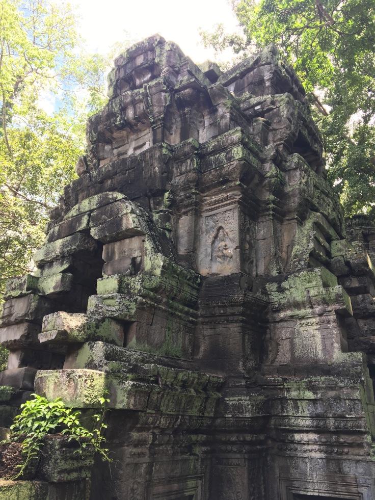 siem reap angkor wat ta prohm stupa