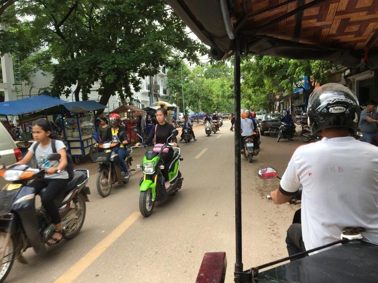 siem reap town rush hour tuk tuk
