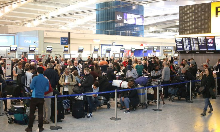 london heathrow security line.jpg
