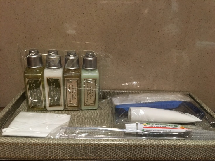thai royal first lounge shower room toiletries
