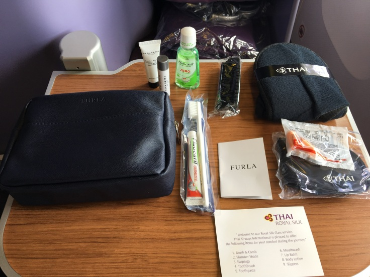 thai royal silk service amenity kit