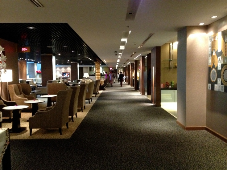 thai airways royal first lounge entrance