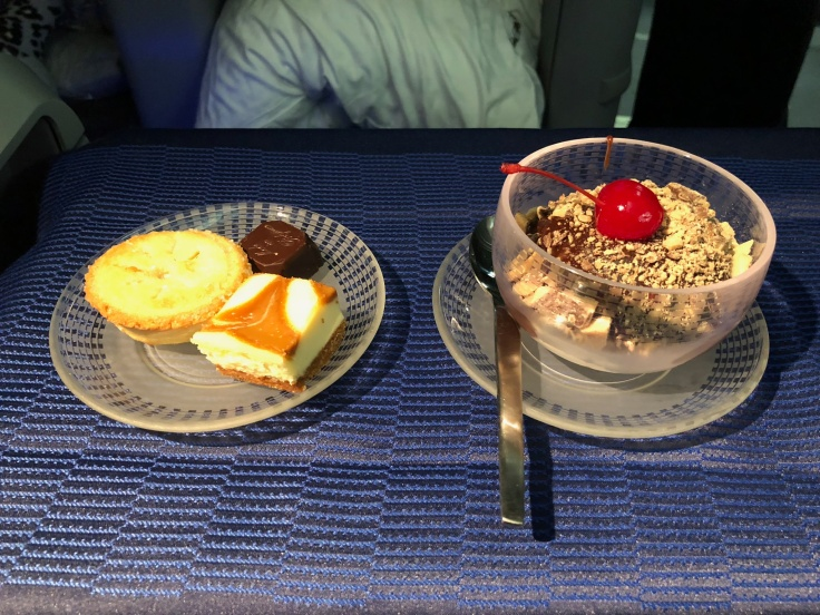 united airlines polaris business diamond soft dining desserts