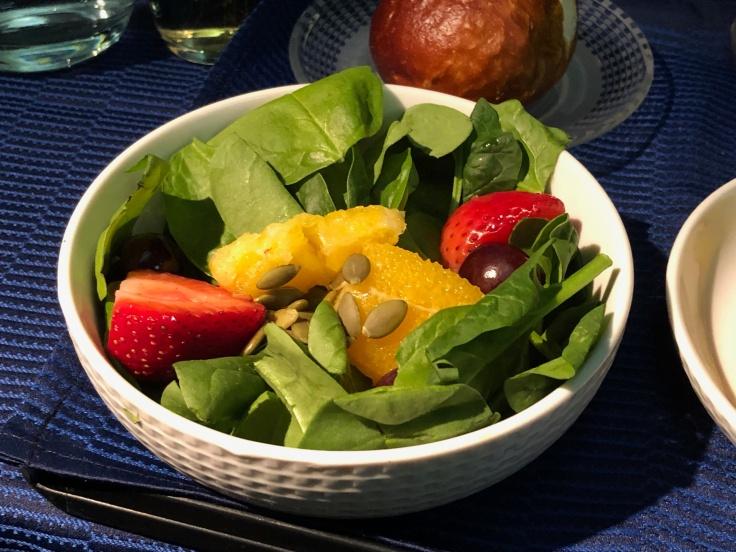 united airlines polaris business diamond soft dining salad