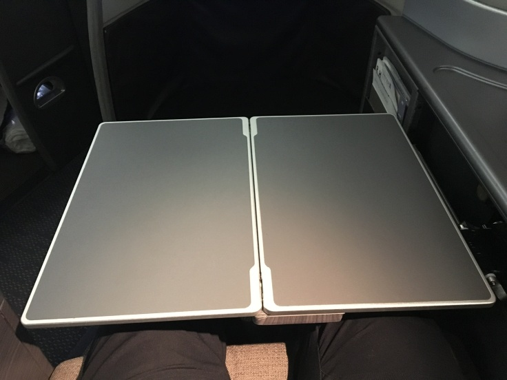 united polaris first hard tray table