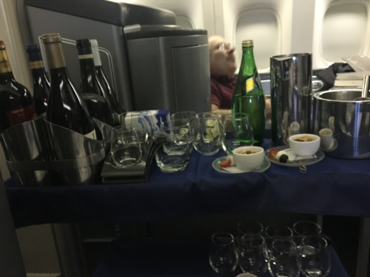 united polaris first soft wine flight