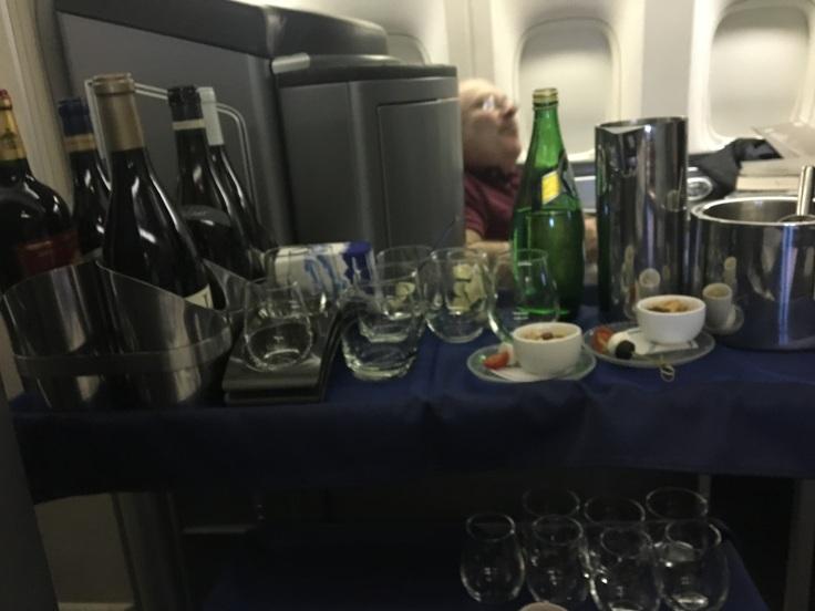united polaris first soft wine flight