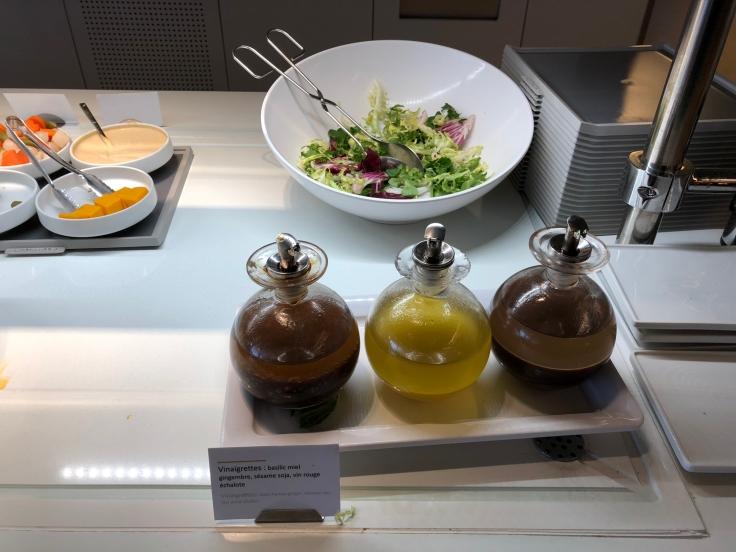 air france business salon cdg dining spread 3