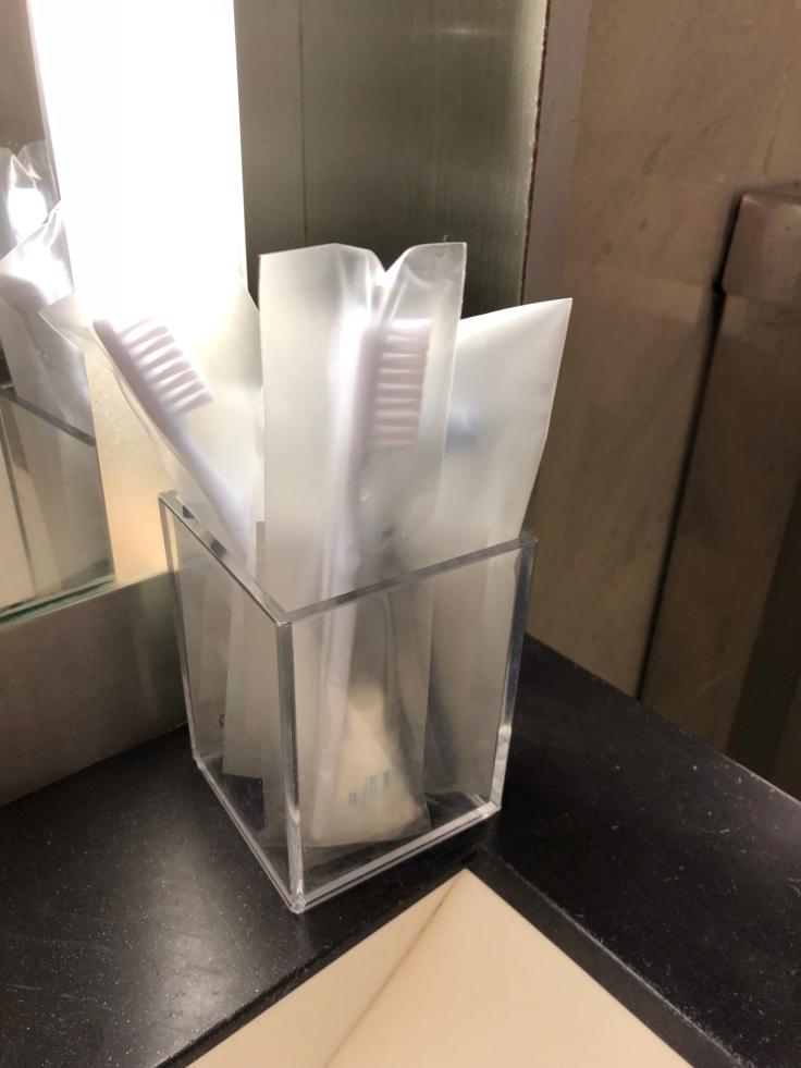 air france business salon cdg shower amentities