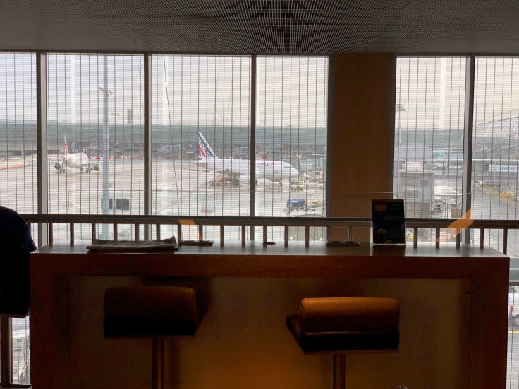 air france business salon cdg upstairs view
