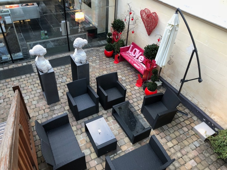 l'hermitage gantois lille public courtyard