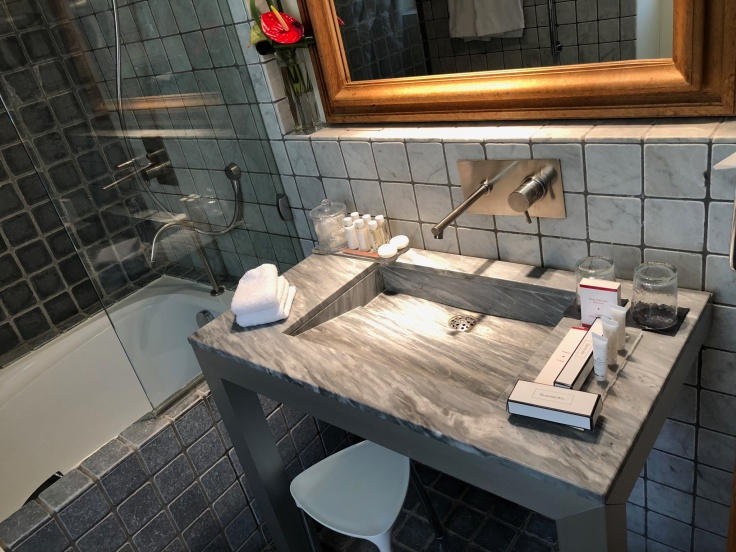 l'hermitage gantois lille room bathroom sink 1