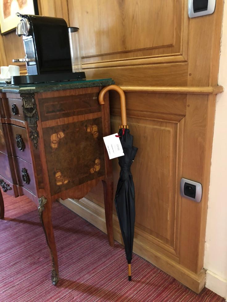 l'hermitage gantois lille room umbrella