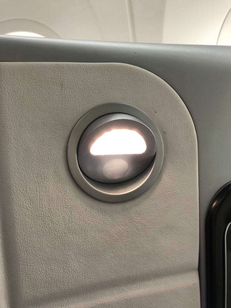 air france business hard seat led lamp on