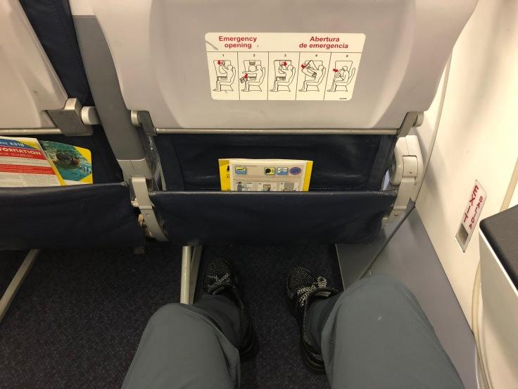 spirit airlines hard exit row legroom