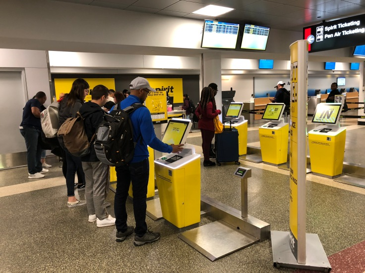 spirit airlines airport check in machines