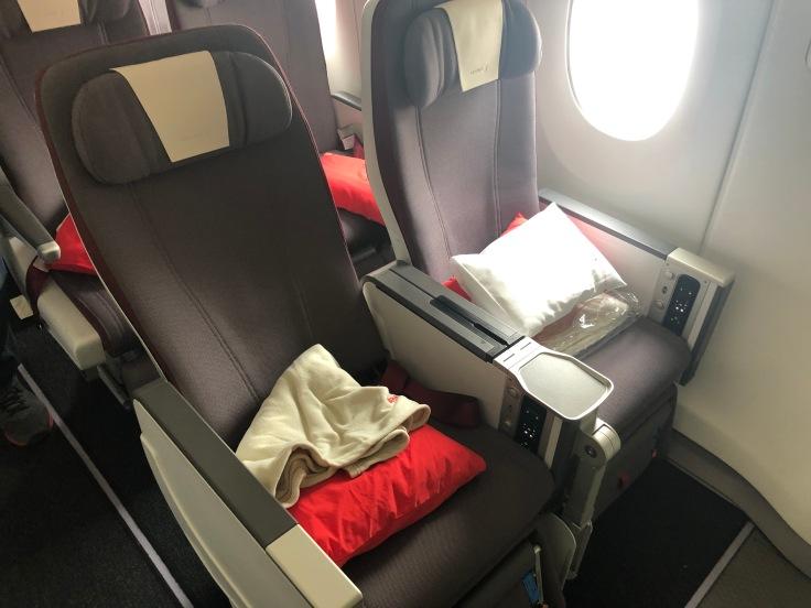 2019 iberia premium economy 03 seat recline