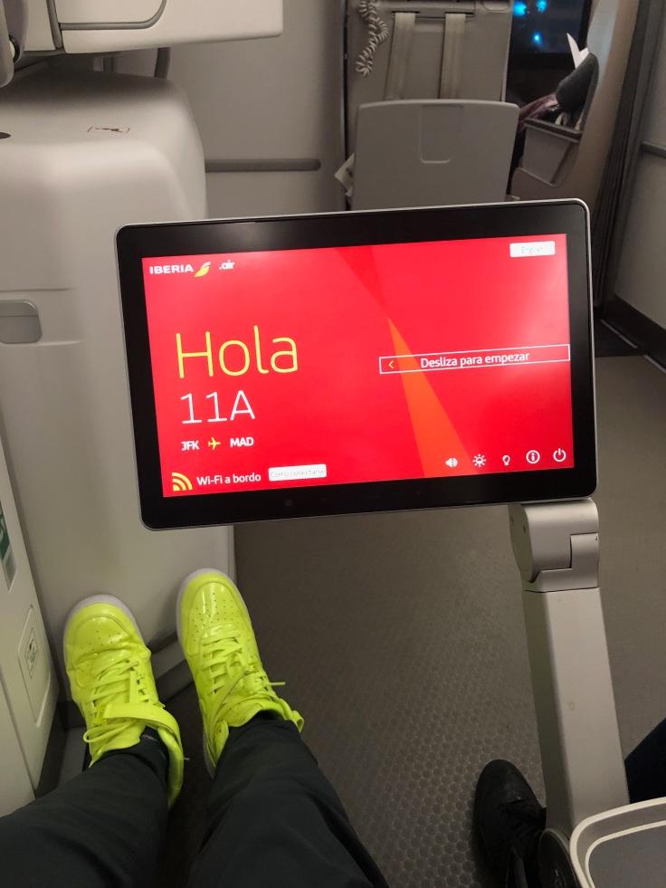 2019 iberia premium economy 03.5 ife extended seat