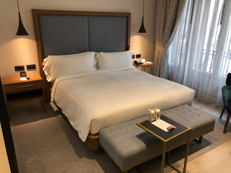 2019 another weekend to europe intro doubletree bed