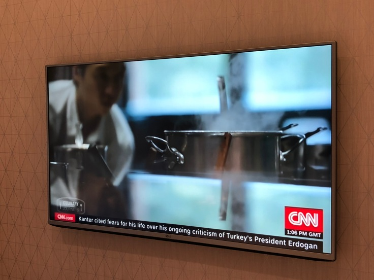 2019 hilton doubletree madrid 04 television