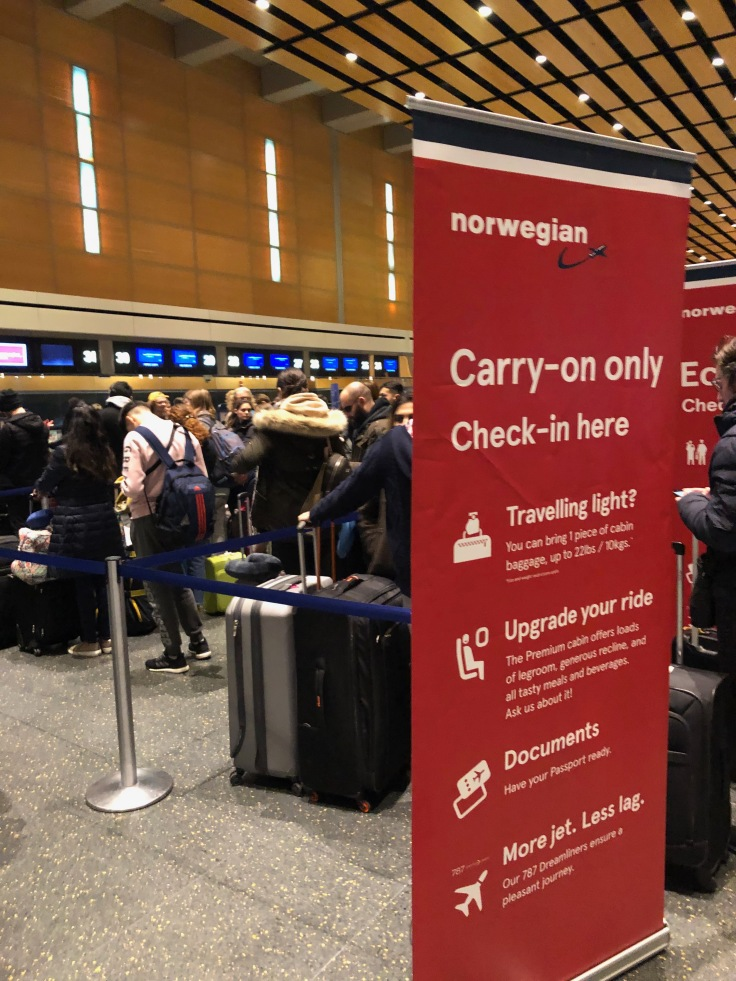 2019 Norwegian Air 01 BOS bag drop