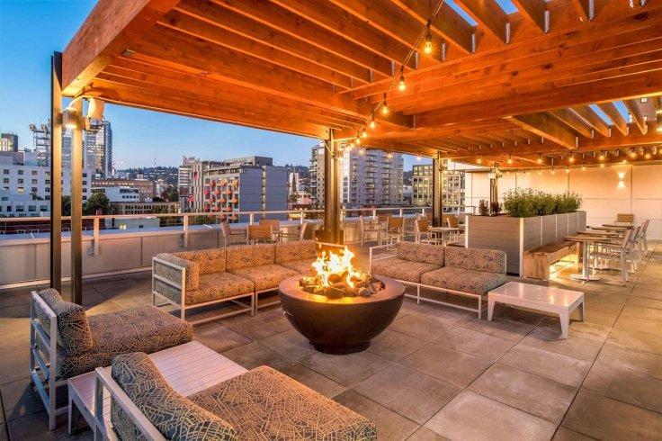Obama Top 10 Hampton Inns Portland Rooftop