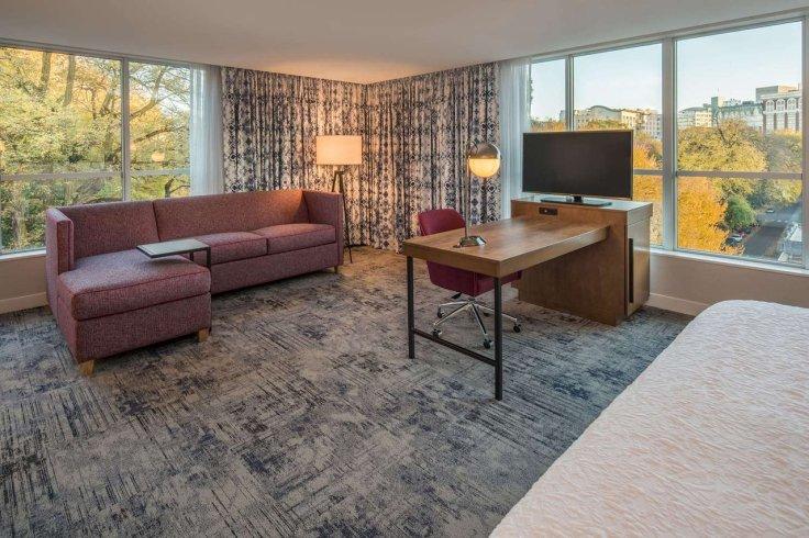 Obama Top 10 Hampton Inns Portland Suite